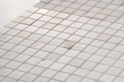 Мозаика CARAMELLE Pietrine Dolomiti Bianco полированная 30,5x30,5х0,4 см (чип 15x15x4 мм)